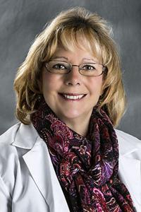 Photo of Dr. Jacklyn McParlane