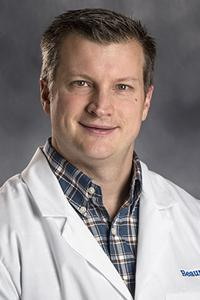 Photo of Dr. Christopher McPeak