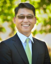 Photo of Stephen S Chung
